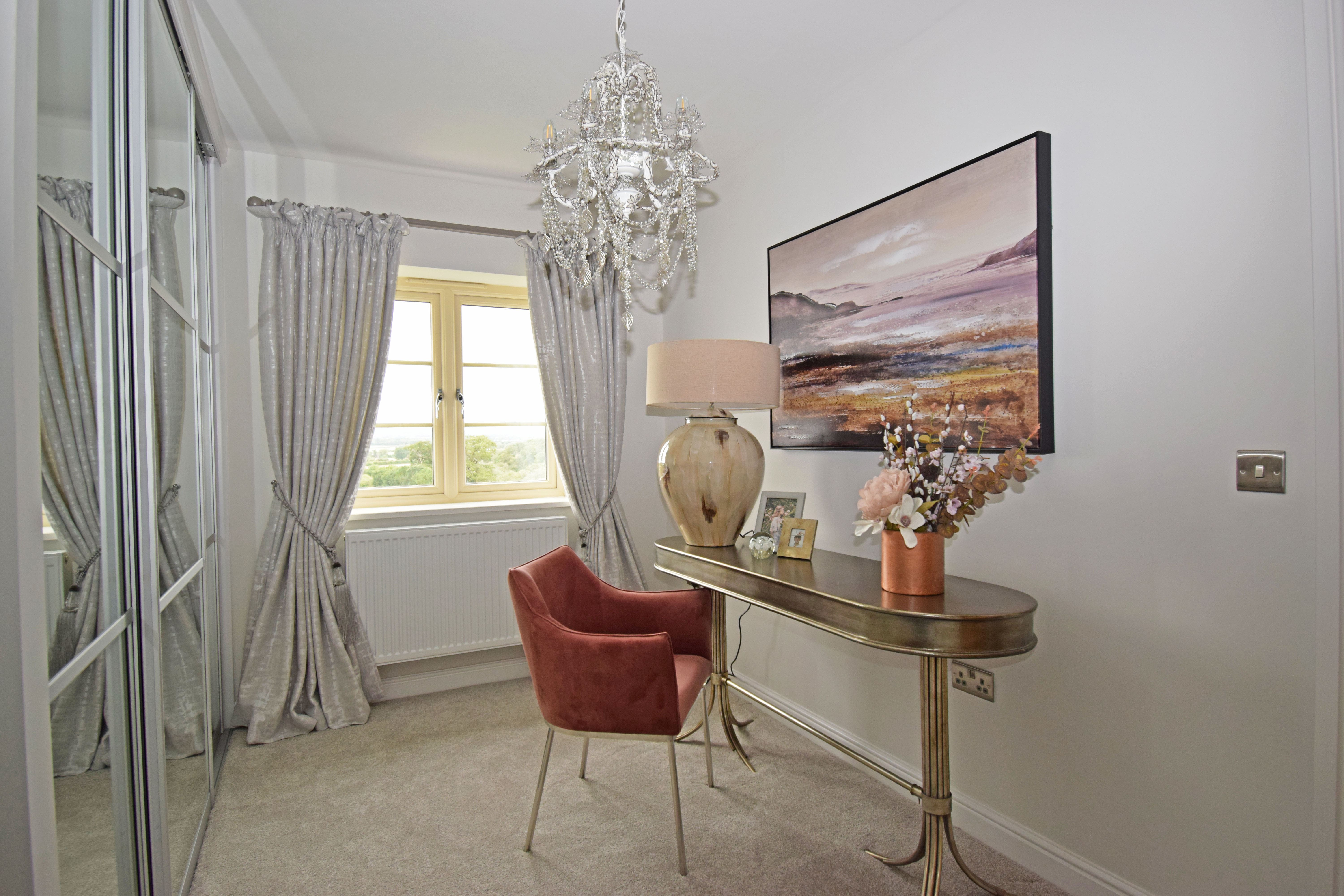 Plot 1 Peachley Court, bed 4 dressing b-min